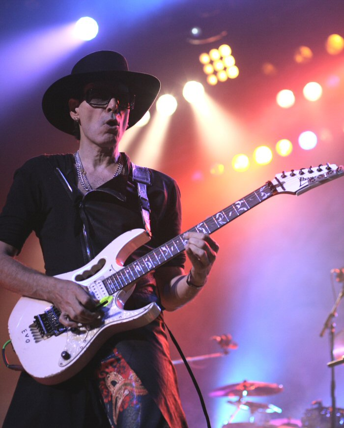 Steve Vai Shines with the Story of Light in Morristown
