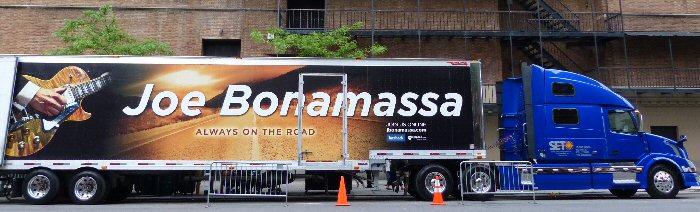Joe Bonamassa: Blazing at the Beacon