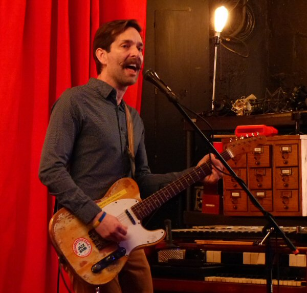 Jars Of Clay Leave Circus; Return to Zoo