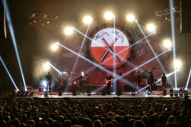 Brit Floyd Builds a Fantastic Show in Nashville