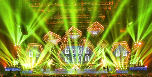 Trans-Siberian Orchestra Electrifies in Return to Music City